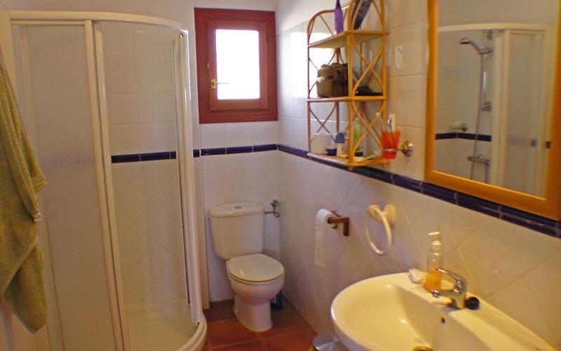 Bad untere Wohnung -